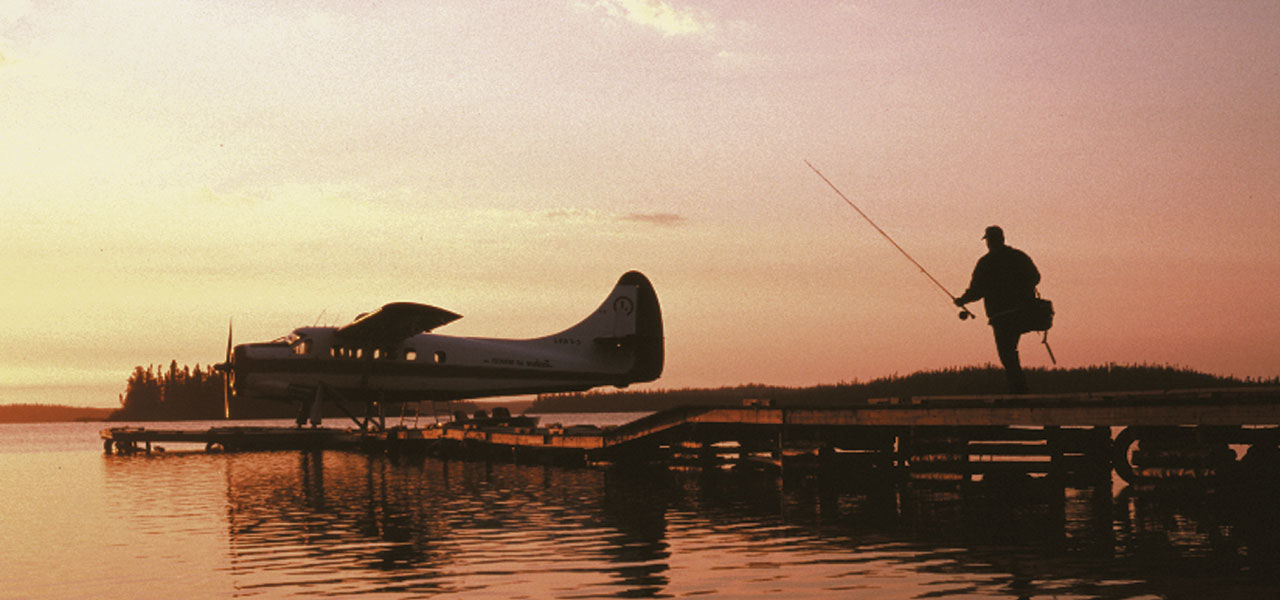 Floatplane at Ganglers Pier at Dawn